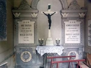Wnętrze mauzoleum Schlösserów.