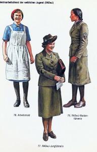 4. Uniformy żeńskie Reichsarbeitsdienst.