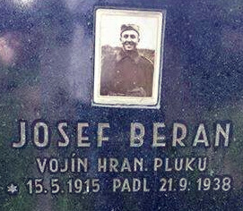 Mogiła Josefa Berana
