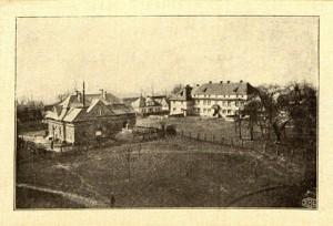 ogółny widok Liskowa z gmachu szkoły Hodowlanej