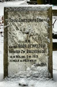 Grób Róży Deweltow.