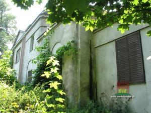 http://www.zamkilodzkie.pl/pliki/kobylniki.htm